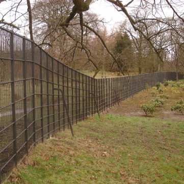 bespoke metal deer fencing
