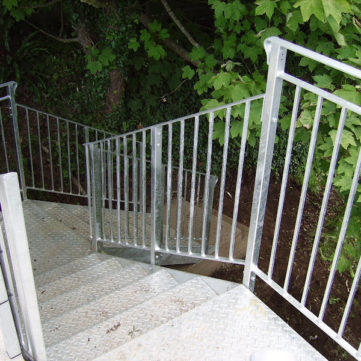 Bespoke steel staircase with Dart Fabrication